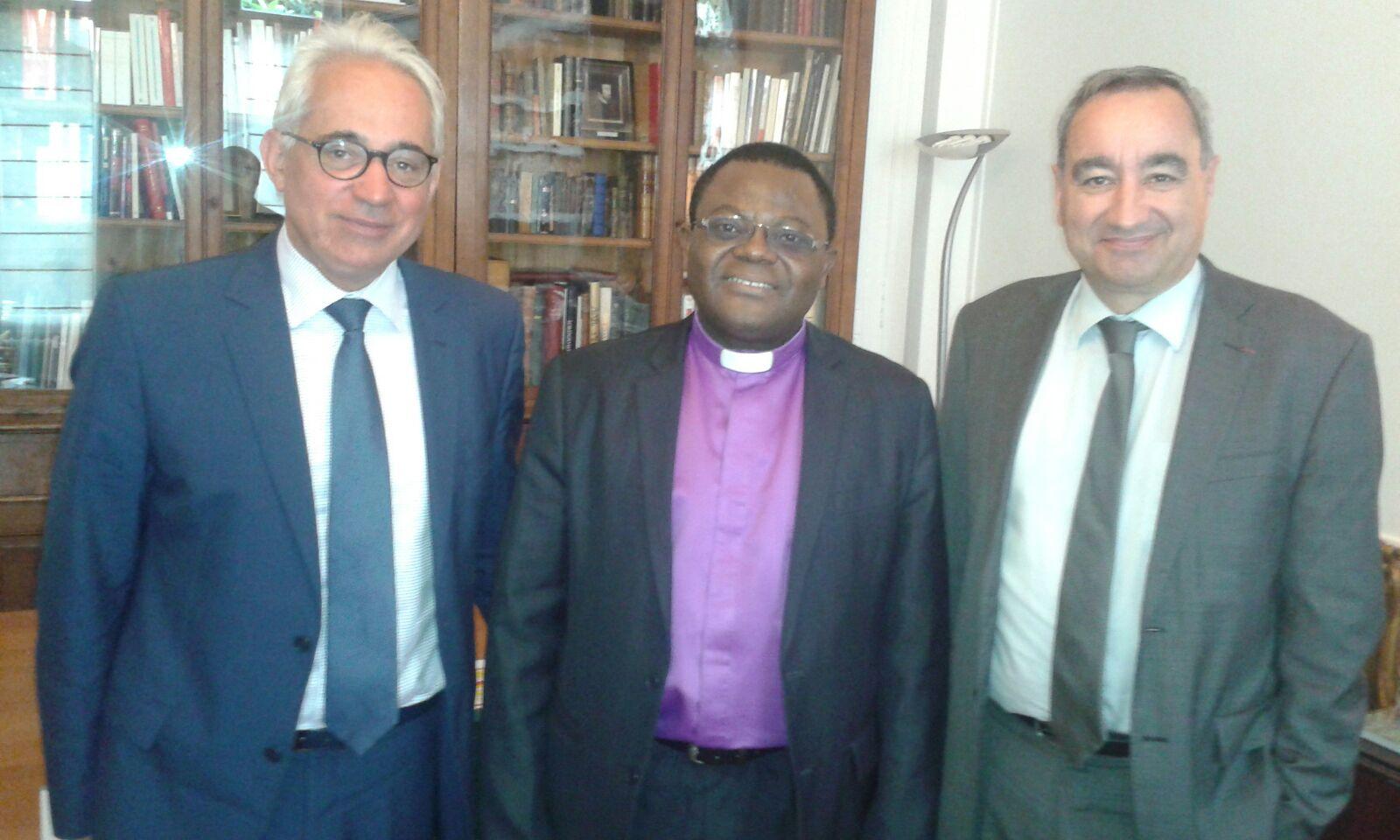 Dans l'ordre : les pasteurs Georges Michel, François Clavairoly, et Jonas Kemogne