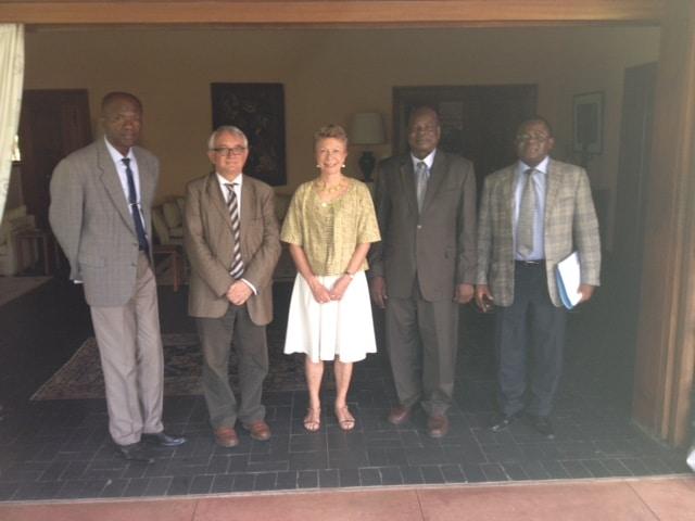 Ambassade de France à Yaoundé, DR